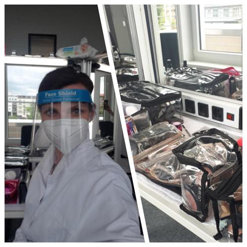 Collage: rechts zu sehen Frau in Corona Schutzkleidung: Gesichtsschild, Mundnasenschutz und weißem Einmalkittel vor einem beleuchteten Kosmetikspiegel / rechts sieht man das aufgebaute professionelle Kosmetikequipment